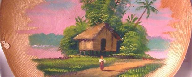 """I 1913 mottok NTNU Vitenskapsmuseet en nydelig liten samling av miniatyrer fra Manila på Filippinene. De er kopier av alle typer bruksgjenstander, for eksempel keramikkfat og servisedeler, forskjellige kurver og <a href=""""https://blogg.vm.ntnu.no/sansogsamling/2011/04/12/nydelig-miniatyrsamling-fra-filippinene/#more-'"""" class=""""more-link"""">more »</a>"""